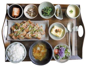 [식객의 맛집] 따뜻한 밥 그리운 날, '겉바속촉' 코다리갈비에 한 공기 뚝딱