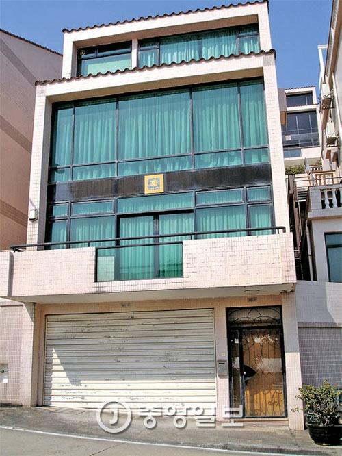 김정남의 집으로 알려진 마카오 의 한 빌라. 그는 마카오에 5~6채를 소유하고 있다고 한다. [중앙포토]