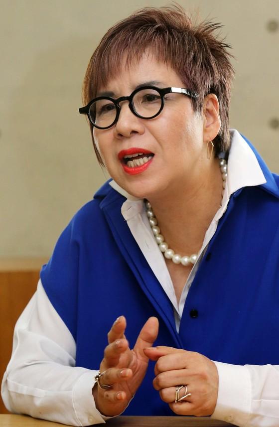 """박경희 작가는 """"남북한을 모두 아는 탈북 청소년이통일 세대의 주역이 될 것""""이라고 했다. [사진 조문규 기자]"""