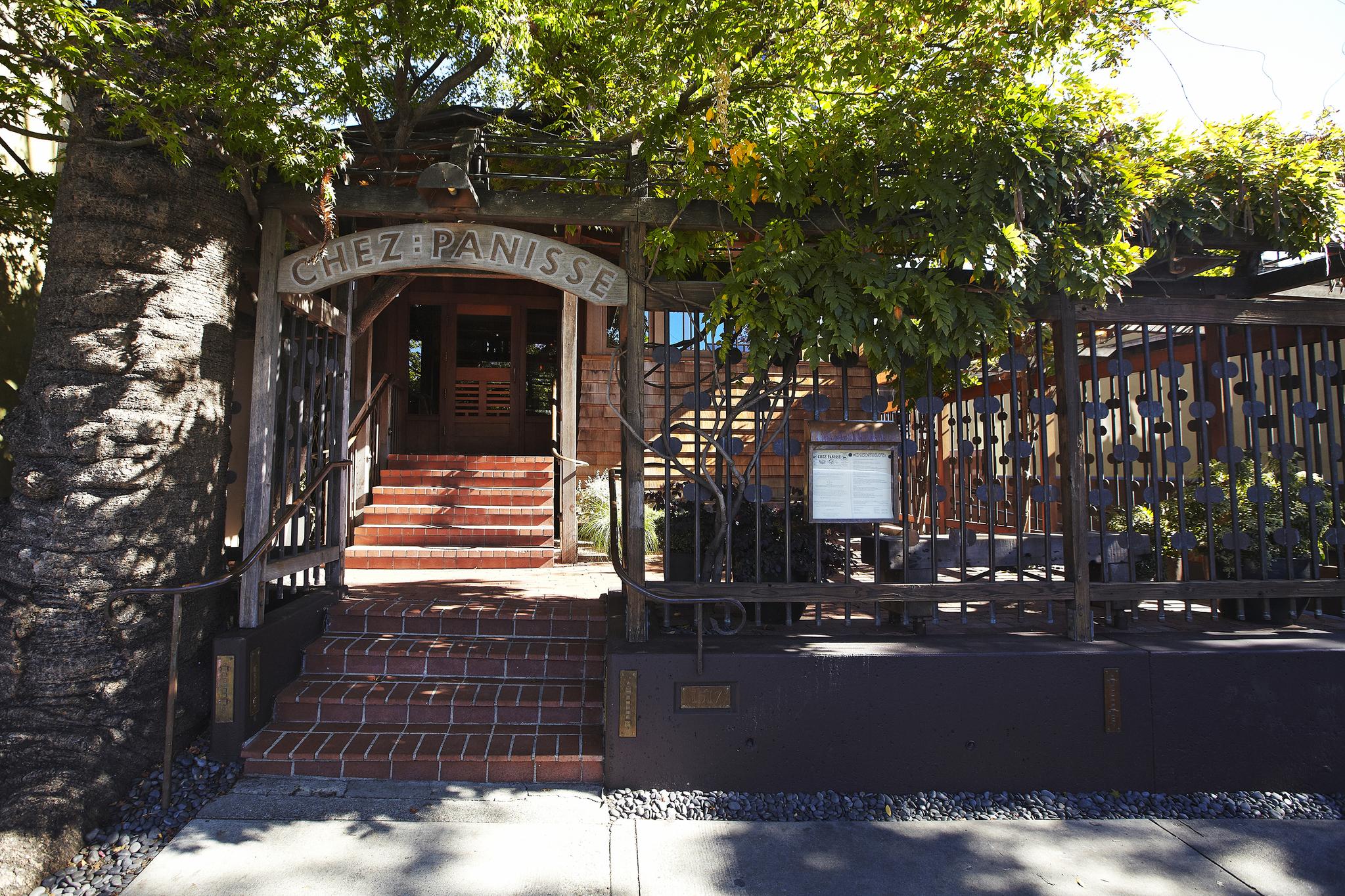 미국 버클리에 있는 레스토랑 셰 파니즈. 팜 투 테이블의 원조격 식당이다.