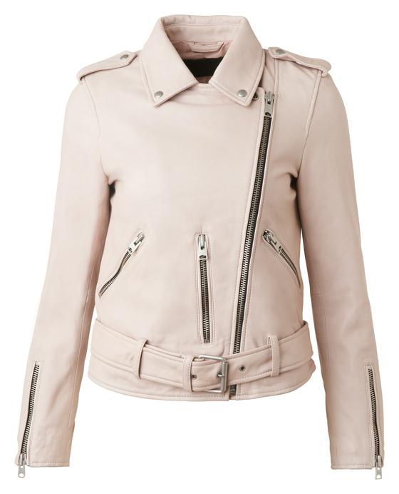 올세인츠 여성복 대표상품인 발펀 워시드 핑크 레더 바이커 재킷.