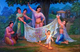 갓 태어난 아기 왕자가 일곱 걸음을 뗄 때마다 땅에서 연꽃이 올라와 받쳤다고 한다.