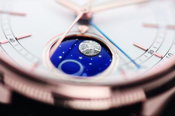 달의 위치 변화를 보여주는 디스플레이를 갖춘 '첼리니 문페이즈'. [사진 롤렉스]