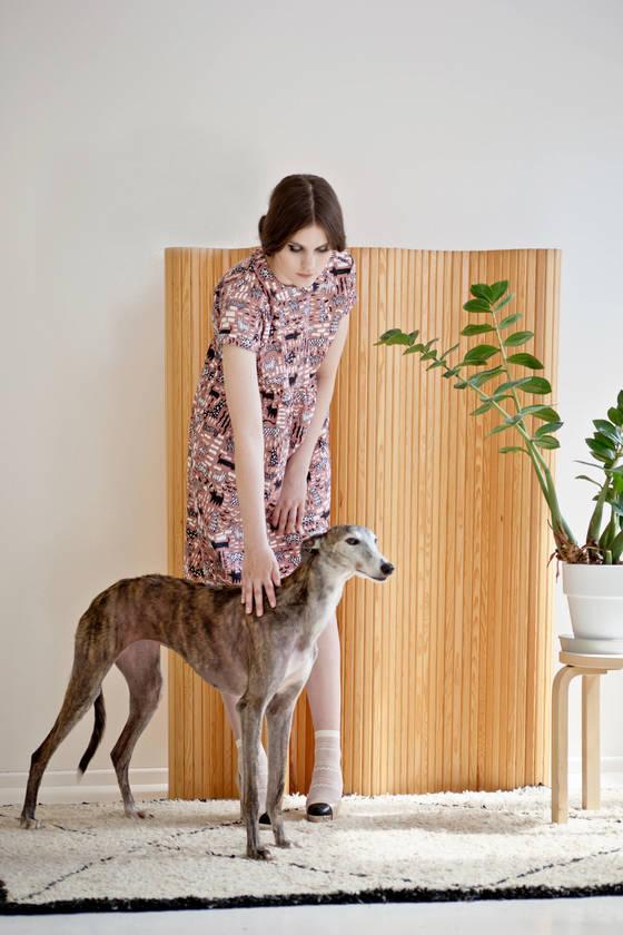 어린 시절의 기억으로남아 있는 동물, 식물의 이미지를 옷에 프린트하는 이바나 헬싱키.[사진 이바나 헬싱키]