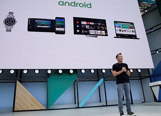 구글이 공개한 새로운 운영체제(OS)인 '안드로이드O'는 속도가 2배 빨라지고 멀티 태스킹이 가능한 '픽쳐 인 픽쳐(PIP)' 기능을 도입했다. [사진 구글]