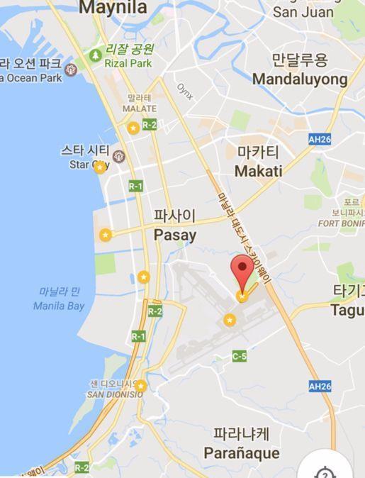 마닐라 지도. 빨간 표시가 이번에 테러가 발생한 리조트 월드. 바로 아래 노란색 표시가 공항.