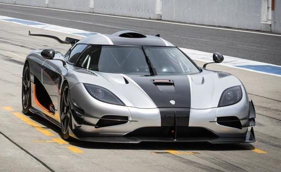 디지털트렌드 '세계에서 가장 비싼 자동차' 공동 9위 코닉세그의 원(One:1) [코닉세그]