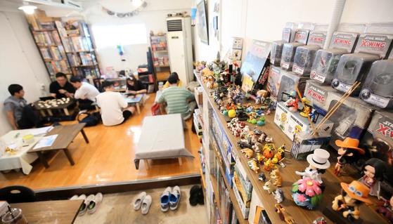 전주 남부시장 청년몰에 있는 보드게임방 '같이 놀다 가게' 내부 모습.프리랜서 장정필