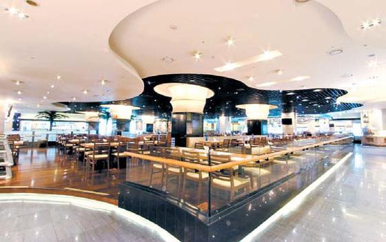 토다이는 씨푸드 등 250여 가지 요리를 선보이는 뷔페 레스토랑이다. [사진 토다이코리아]