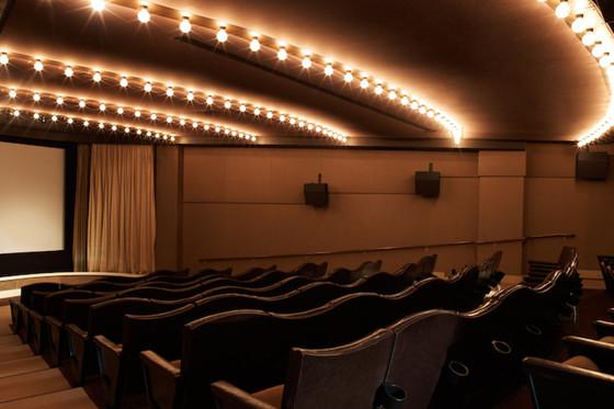 록시호텔에 있는 영화관.주로 클래식 영화를 상영한다.[사진 호텔 홈페이지]