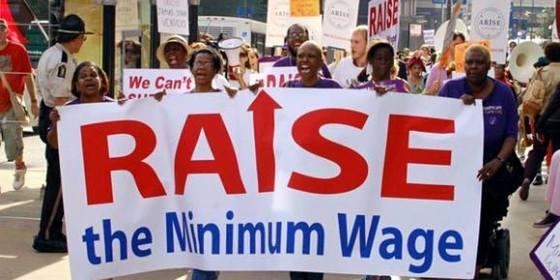 최저임금 인상을 외치는 미국 시위대. [중앙포토]