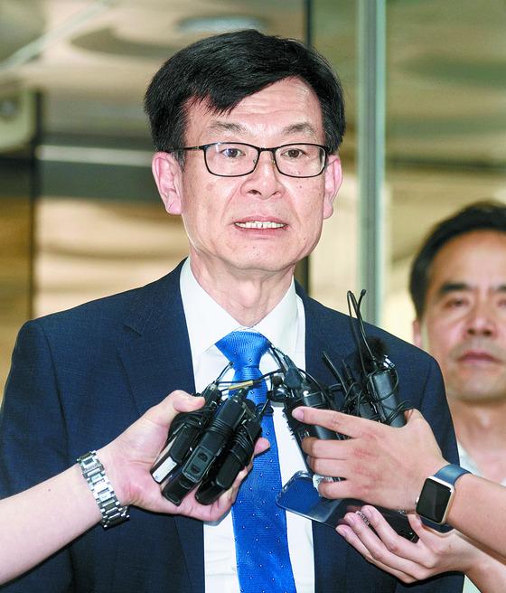 14일 이재용 부회장의 재판에 증인으로나온 김상조 공정거래위원장. [중앙포토]