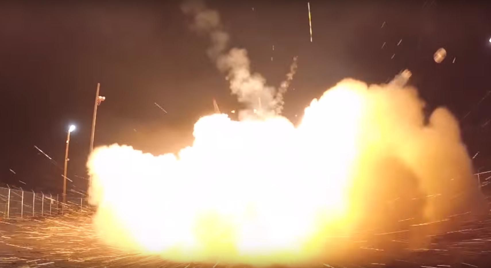알래스카 사드 기지에서 요격 미사일이 발사되고 있다[유튜브 캡쳐]