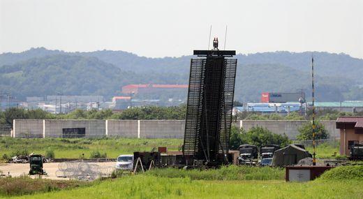 오산기지에 배치된 미군  장거리 대공 감시 레이더(AN/TPS-59) [사진 연합뉴스]