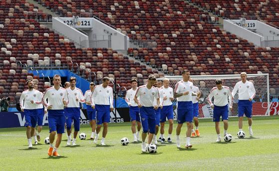 개최국 개막전 무패 러시아는 월드컵 역사를 이을 수 있을까.