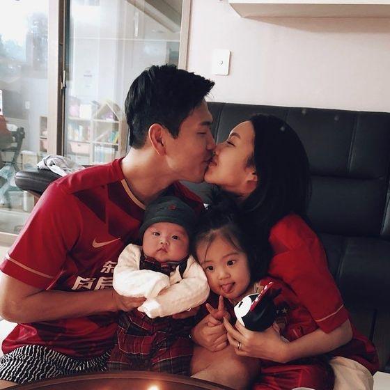 아내와 두 딸은 김영권에게 큰 힘이 되는 존재다. [사진 김영권]