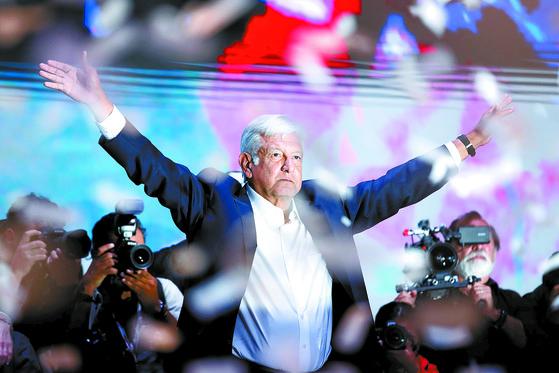 멕시코 '좌파 트럼프' 오브라도르 대통령 당선