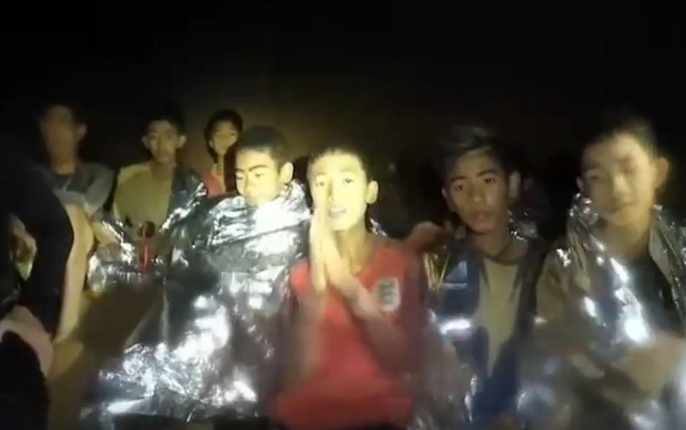 태국 동굴 소년들 구조대원, 작업 중 산소 부족 사망