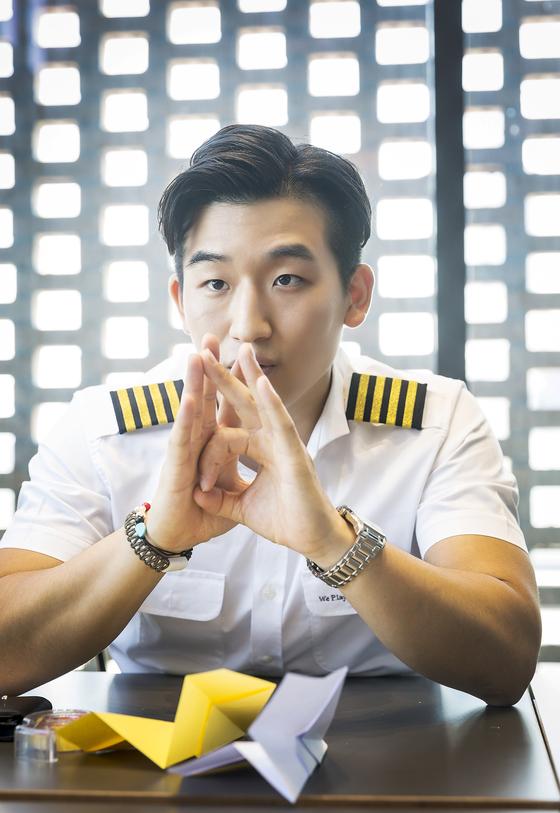 김영준 선수는 종이비행기를 접고 날리면서 창의융합적인 생각을 발전시킬 수 있다고 말했다. 앞으로 물수제비 뜨기, 공기놀이, 딱지치기 등 이색 스포츠 대회를 여는 것이 그의 꿈이다.
