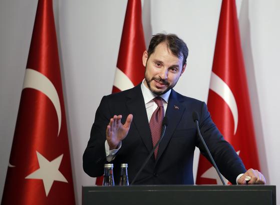"""터키 재무장관 """"13일 오전부터 액션 플랜 가동"""""""