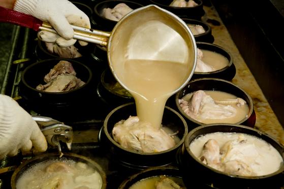 닭가슴살도 맛있게 끓이는 삼계탕의 비법 찾아내다