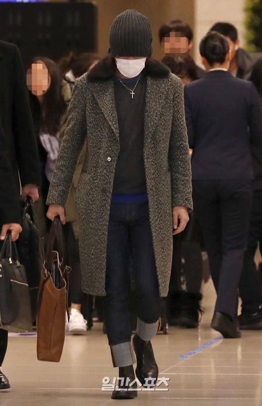 チャン・グンソク、「露出一つない空港ファッション」