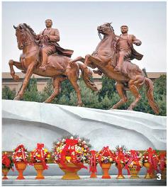 3 북한은 2012년 2월 만수대창작사에 말을 탄 김일성과 김정일의 동상을 세웠다. 만수대창작사는 김일성?김정일의 동상을 제작한 곳이다. [사진 화보 조선]
