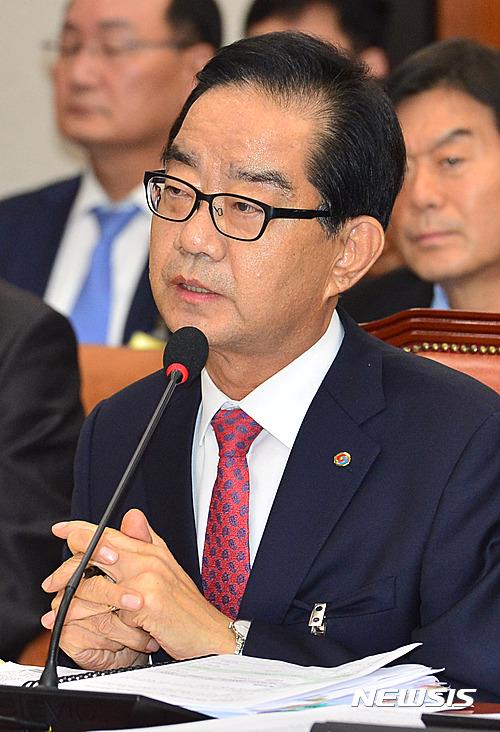 [2016국감] 답변하는 박기동 한국가스안전공사 사장