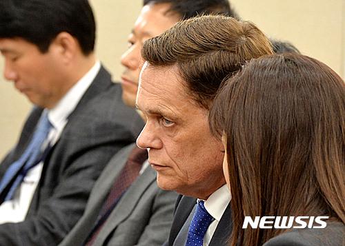 [2016국감] '요하네스 타머 아우디폭스바겐코리아' 환경노동위원회