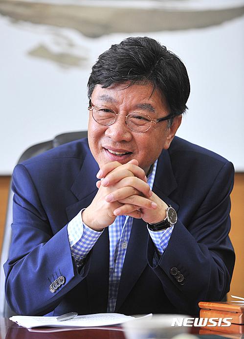 최성해 동양대 총장, 에세이 '대학개혁은…' 출간