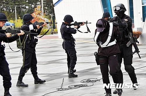 테러범 생포한 군 특공대원