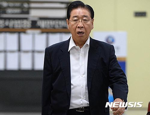 [1보]'성진지오텍 부실 인수' 정준양 1심서 무죄