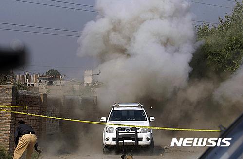 [종합]파키스탄 채소시장 폭탄테러…20명 사망.50명 부상