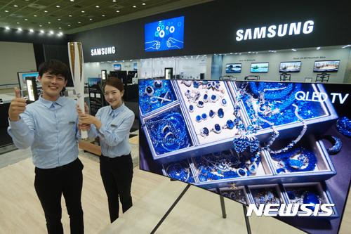 SKT·KT, 월드IT쇼 '5G·AI' 등 신기술 향연