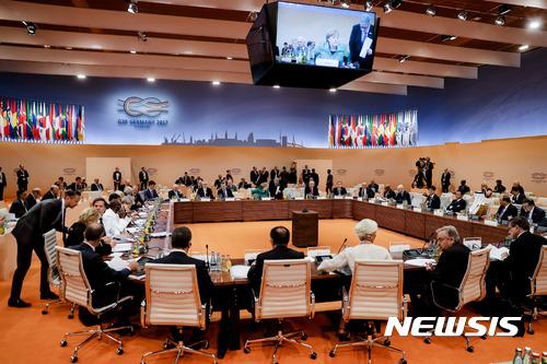 G20, 자유무역과 보호주의 모두 인정하는 무역 타협안 도출
