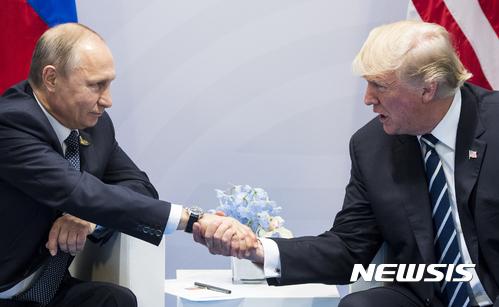 """트럼프, G20귀국 첫 일성 """"러시아와 함께 전진하자!"""""""