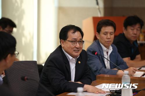 """유영민 미래부장관 """"선택약정할인율 25% 상향, 9월부터 시행"""""""