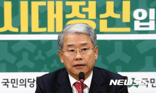 """김동철 """"당내 중진 의원들, '통합보단 연대' 의견"""""""