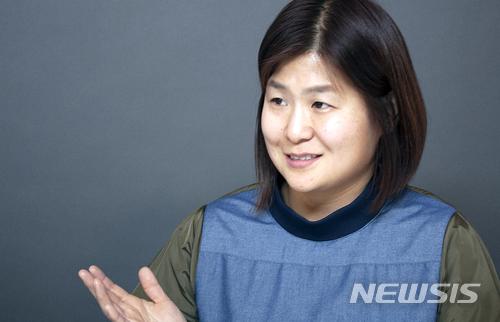 """[최현호의 스타트UP]김태은 맘스라디오 대표 """"엄마들의 장 만들 것"""""""