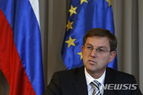 슬로베니아 총리 사임,대법원의 국민투표 재실시 명령에