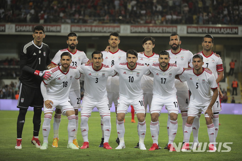 미 제재로 나이키 축구화 못신는 이란 대표팀 …FIFA에 SOS