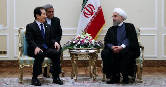 정세균 국회의장과 하산 로하니 이란 대통령. [사진=이란 대통령실]