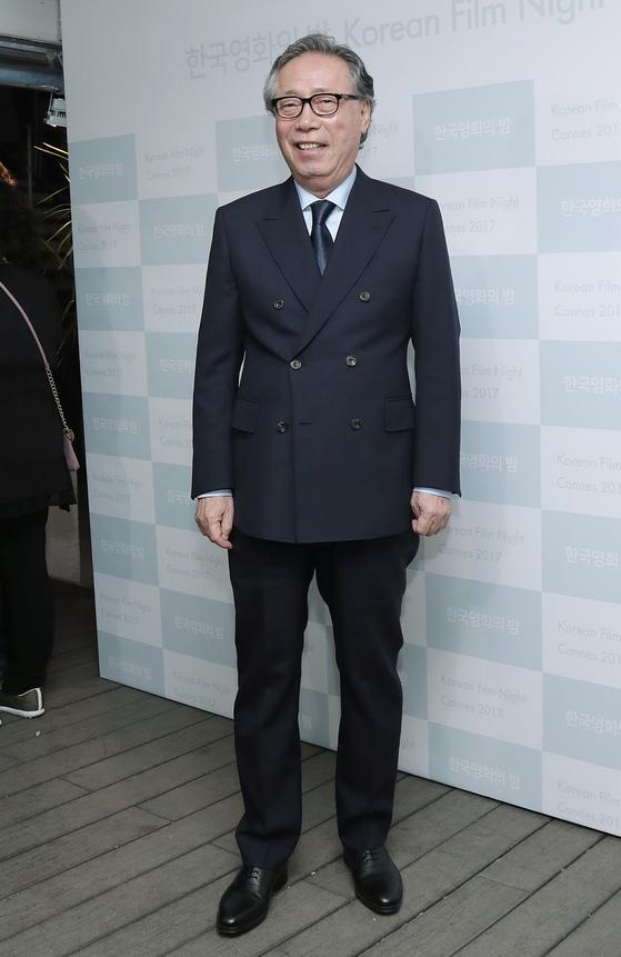 칸 영화제에서 테일러블 슈트를 입은 배우 변희봉씨.