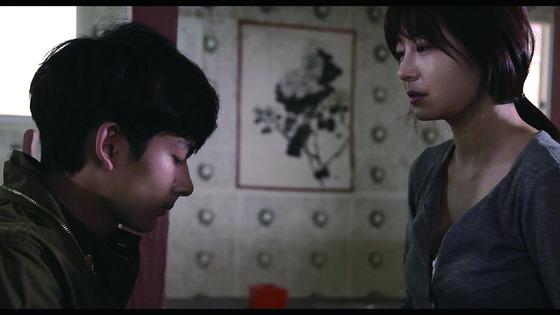 캐스팅됐던 여배우가 촬영 중 폭력을 당했다며 감독을 고소한 영화 '뫼비우스'.