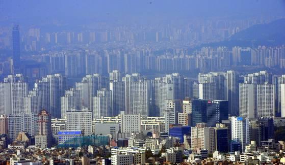 대규모 아파트 숲으로 변한 서울 강남, 송파구 일대. [중앙포토]