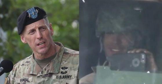12일 토머스 밴달 주한 미8군 사령관(왼쪽)이 지난 4월 사드 배치에 항의하는 주민을 향해 조롱하는 웃은 미군 병사(오른쪽)에 대해 공식 사과했다.