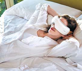 눈 마사지기 'isee5K'는 공기 지압 마사지를 통해 눈 주변 11개의 경혈을 동시에 자극한다. [사진 텐마인즈]