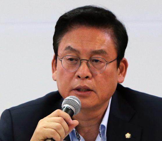 정우택 자유한국당 원내대표. 조문규 기자
