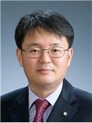 한국은행 부총재에 임명된 윤면식 부총재보