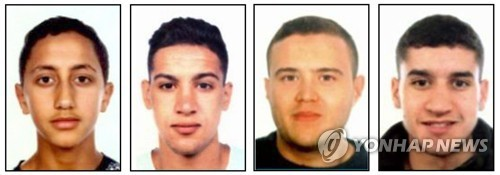 스페인 경찰이 공개한 연쇄 차량테러 용의자들의 모습. 왼쪽부터무사 우카비르(17), 사이드 알라(18), 모하메드 하차미(24), 유네스 아부야쿱(22). 모두 모로코 출신이다. [연합뉴스]